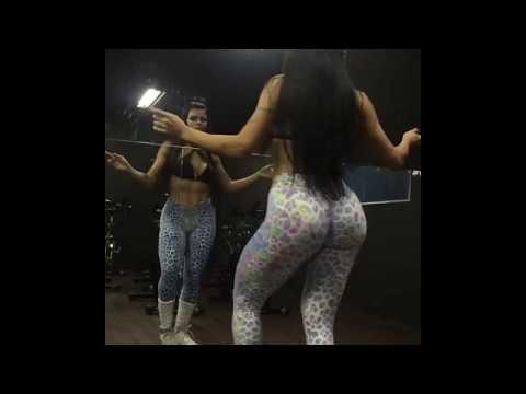 Morena malhada dancando Bum Tam tam do MC Fioti
