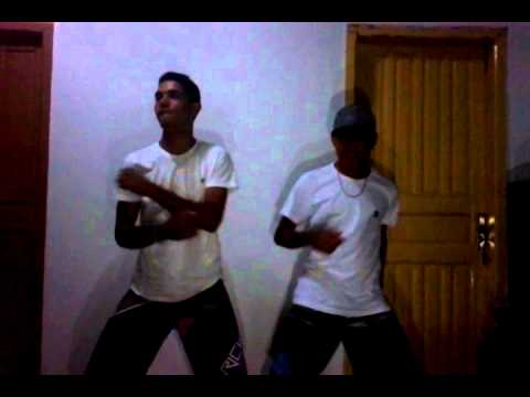 Leo e Edgar - Parara Tibum Funk Performance
