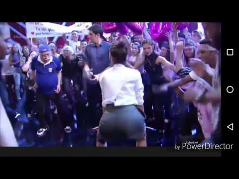 Bruna Marquezine dança funk na TV D90f