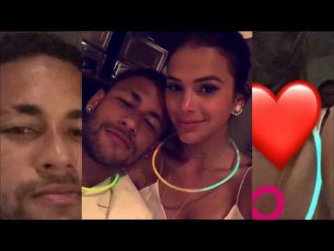 Neymar e Bruna Marquezine Festa de fim de ano Mega festa