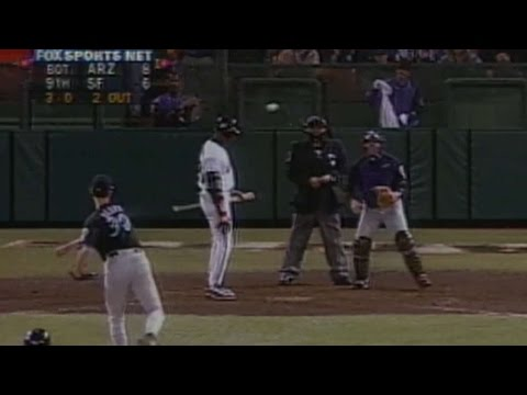 D-backs walk Bonds with the bases loaded