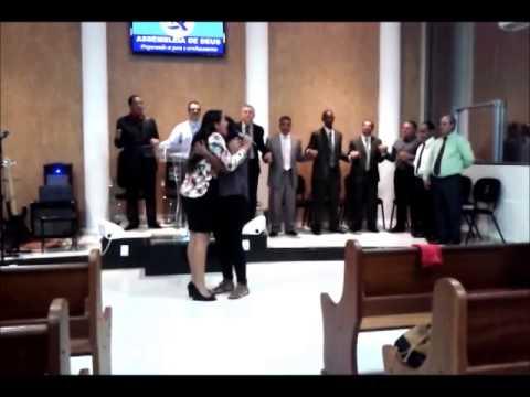 Cantora Tamara Dias - Muito Forte Deus falando