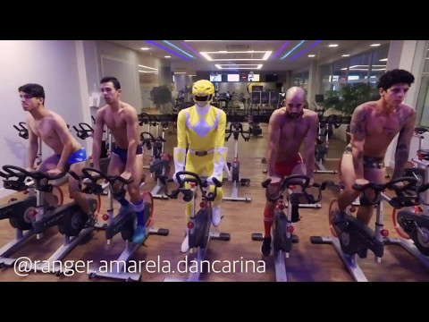 Ranger amarela dançarina - Ariana grande ft nicki Minaj - side to side