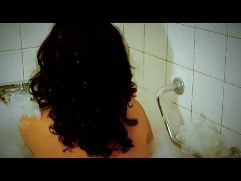 Funkeira na banheira CAIU NA NET